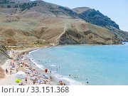 Meganom mountain range and beach, as well as the peninsula and cape in southeastern Crimea between (2016 год). Редакционное фото, фотограф katalinks / Фотобанк Лори