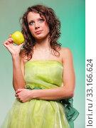 Купить «beautiful spring woman with apple. green concept», фото № 33166624, снято 12 июля 2020 г. (c) PantherMedia / Фотобанк Лори