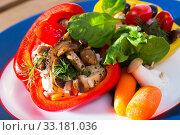 Купить «Delicious stuffed peppers with mushrooms, rice, sesame and vegetables», фото № 33181036, снято 4 апреля 2020 г. (c) Яков Филимонов / Фотобанк Лори