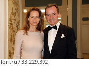 Hamburg, Germany, Dr. Andreas Jacobs, entrepreneur, with wife Natalie (2019 год). Редакционное фото, агентство Caro Photoagency / Фотобанк Лори