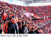 Купить «LONDON - APRIL 14 : Supporters watch the football game of Liverpool - Everton Semi Final FA Cup Crowd at Wembley Arena Staduim on April 14, 2012 in London, England United Kingdom.», фото № 33234104, снято 14 апреля 2012 г. (c) age Fotostock / Фотобанк Лори