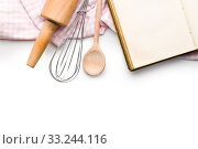 Купить «recipe book and kitchen utensils», фото № 33244116, снято 6 июня 2020 г. (c) PantherMedia / Фотобанк Лори