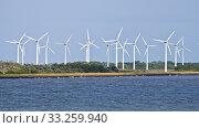 Windmill Blades. Стоковое фото, фотограф Fabio Lotti / PantherMedia / Фотобанк Лори