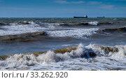 Купить «Краснодарский край, Туапсе, зимний шторм на Чёрном море», фото № 33262920, снято 26 февраля 2020 г. (c) glokaya_kuzdra / Фотобанк Лори