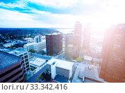 Купить «Busy day view of Bellevue, Washington downtown», фото № 33342416, снято 5 апреля 2015 г. (c) Сергей Новиков / Фотобанк Лори