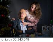 Купить «Man ignores woman after quarrel», фото № 33343348, снято 10 января 2019 г. (c) Яков Филимонов / Фотобанк Лори