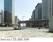 Abu Dhabi, UAE - March 31. 2019. Sheikh Zayed Bin Sultan Street. Редакционное фото, фотограф Володина Ольга / Фотобанк Лори