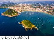 Купить «Aerial view of San Sebastian, Spain», фото № 33365464, снято 16 июля 2019 г. (c) Яков Филимонов / Фотобанк Лори