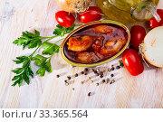 Купить «Stuffed squids in American sauce», фото № 33365564, снято 4 апреля 2020 г. (c) Яков Филимонов / Фотобанк Лори