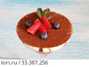 Купить «Tiramisu with strawberries, blueberries and mint», фото № 33387256, снято 12 февраля 2019 г. (c) Марина Володько / Фотобанк Лори