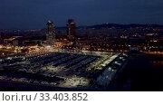 Купить «Famous Barceloneta beach on Mediterranean in Barcelona in night lights», видеоролик № 33403852, снято 28 сентября 2018 г. (c) Яков Филимонов / Фотобанк Лори