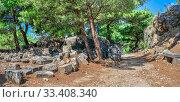 Купить «Ruins of houses in the Ancient Priene, Turkey», фото № 33408340, снято 20 июля 2019 г. (c) Sergii Zarev / Фотобанк Лори