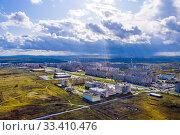 Top view of a modern small town (2020 год). Стоковое фото, фотограф Евгений Ткачёв / Фотобанк Лори