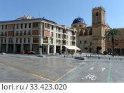 Basilica of Santa Maria, Elche, Alicante province, Valencian Community, Costa Blanca, Spain, Europe (2018 год). Редакционное фото, фотограф Free Wind / Фотобанк Лори
