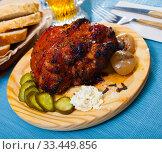 Купить «Roast pork knuckle with vegetables», фото № 33449856, снято 9 апреля 2020 г. (c) Яков Филимонов / Фотобанк Лори