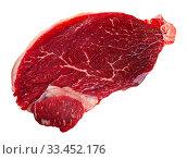 Купить «Unfinished beef steak with sprig of rosemary on cutting board», фото № 33452176, снято 31 мая 2020 г. (c) Яков Филимонов / Фотобанк Лори