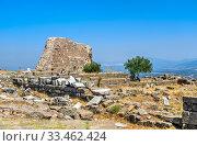 Pergamon Ancient City in Turkey (2019 год). Редакционное фото, фотограф Sergii Zarev / Фотобанк Лори