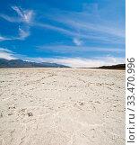 Купить «Lifeless landscape of the Death Valley. California. USA.», фото № 33470996, снято 6 июля 2020 г. (c) age Fotostock / Фотобанк Лори