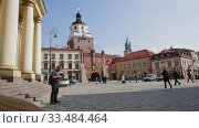 Купить «Krakow Gate (Brama Krakowska) in Lublin - Old Town city symbol. Poland», видеоролик № 33484464, снято 10 марта 2020 г. (c) Яков Филимонов / Фотобанк Лори