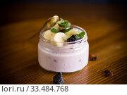 Купить «home sweet banana yogurt in a glass jar», фото № 33484768, снято 1 апреля 2020 г. (c) Peredniankina / Фотобанк Лори