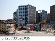 Demolition and new construction of office building in Prinzessinnenstrasse in Berlin-Kreuzberg (2019 год). Редакционное фото, агентство Caro Photoagency / Фотобанк Лори