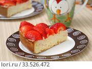 Бисквитный пирог с клубникой. Стоковое фото, фотограф Dmitry29 / Фотобанк Лори