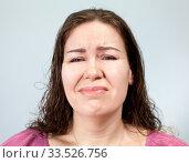 Страдание и боль на лице взрослой женщины. Стоковое фото, фотограф Кекяляйнен Андрей / Фотобанк Лори