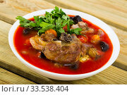 Spiced pottage with lamb, dried apricots and prunes. Стоковое фото, фотограф Яков Филимонов / Фотобанк Лори