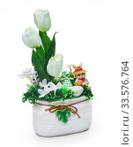 Easter vase from a flower arrangement on white background. Стоковое фото, фотограф Андрей Зык / Фотобанк Лори