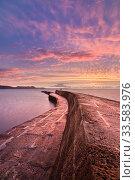 Купить «The Cobb at sunrise, Lyme Regis, Jurassic Coast World Heritage Site, Dorset, England, UK. November 2008.», фото № 33583976, снято 16 июля 2020 г. (c) Nature Picture Library / Фотобанк Лори