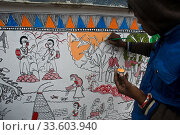 Madhubani style mural painting ( Madhubani, India). The Madhubani ( or Mithila) art is a traditional art form practised in northern India and southern Nepal. Стоковое фото, фотограф Franck Metois / age Fotostock / Фотобанк Лори