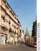 Cityscape of modern Prague streets (2019 год). Редакционное фото, фотограф Яков Филимонов / Фотобанк Лори