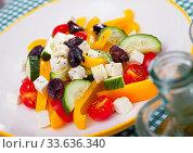 Купить «Plate of tasty Greek salad», фото № 33636340, снято 2 июня 2020 г. (c) Яков Филимонов / Фотобанк Лори