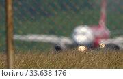 Купить «Airbus 320 braking after landing», видеоролик № 33638176, снято 12 ноября 2019 г. (c) Игорь Жоров / Фотобанк Лори