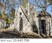 Père-Lachaise cemetery, Paris XXè, France. Стоковое фото, фотограф Alain Kubacsi / age Fotostock / Фотобанк Лори