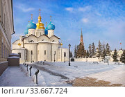 Купить «Православный храм Казанского Кремля Annunciation Orthodox Church in the Kazan Kremlin», фото № 33667724, снято 8 марта 2012 г. (c) Baturina Yuliya / Фотобанк Лори