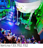 Extraschicht in der Kulturbrauerei Huelsmann, Herne, Ruhrgebiet, Nordrhein-Westfalen, Deutschland, Europa. Стоковое фото, фотограф Zoonar.com/Stefan Ziese / age Fotostock / Фотобанк Лори