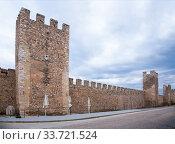 Купить «Medieval walls of Montblanc», фото № 33721524, снято 20 декабря 2016 г. (c) Яков Филимонов / Фотобанк Лори