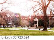 Academy Park near New York State Capitol view (2018 год). Стоковое фото, фотограф Сергей Новиков / Фотобанк Лори