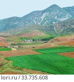 Купить «North Korea. Countryside», фото № 33735608, снято 5 мая 2019 г. (c) Знаменский Олег / Фотобанк Лори