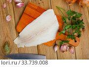 Fresh halibut fillet with seasonings. Стоковое фото, фотограф Яков Филимонов / Фотобанк Лори