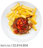 Купить «Braised pork cheeks with potato», фото № 33814804, снято 22 мая 2020 г. (c) Яков Филимонов / Фотобанк Лори