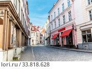 Купить «empty street of Tallinn city old town», фото № 33818628, снято 8 апреля 2020 г. (c) Syda Productions / Фотобанк Лори