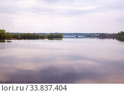 Volga river in morning at dawn. Стоковое фото, фотограф Юлия Бабкина / Фотобанк Лори