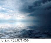 Купить «Stormy weather with dramatic clouds over the sea in northumbria england», фото № 33871056, снято 2 июня 2020 г. (c) easy Fotostock / Фотобанк Лори