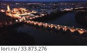 Купить «Night cityscape of Cordoba with Mosque-cathedral, Andalusia, Spain», видеоролик № 33873276, снято 22 мая 2019 г. (c) Яков Филимонов / Фотобанк Лори