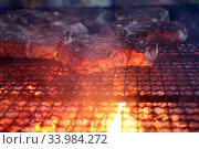 Купить «Pomantello, Italy, Meat is prepared on a grill», фото № 33984272, снято 1 августа 2016 г. (c) Caro Photoagency / Фотобанк Лори