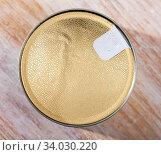 Купить «Tin can with foil lid», фото № 34030220, снято 5 июля 2020 г. (c) Яков Филимонов / Фотобанк Лори