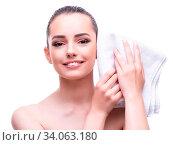 The woman in beauty concept with towel spa bath. Стоковое фото, фотограф Zoonar.com/Elnur Amikishiyev / easy Fotostock / Фотобанк Лори