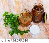 Glass jars with mixed marinated mushrooms. Стоковое фото, фотограф Яков Филимонов / Фотобанк Лори